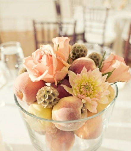 декор свадьбы фруктами                               фото