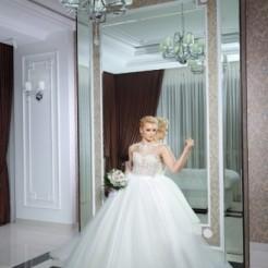 Четвертый пример платья в свадебном салоне ANNA