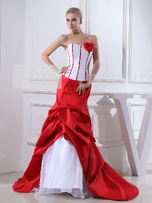 красное свадебное платье фото