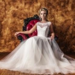 Первый пример свадебного платья в салоне Верона