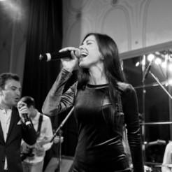 Выступление музыкантов КОКОС