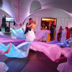 Выступление шоу-балета Art Dance Club