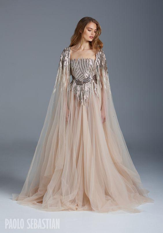 свадебное платье нюдового цвета