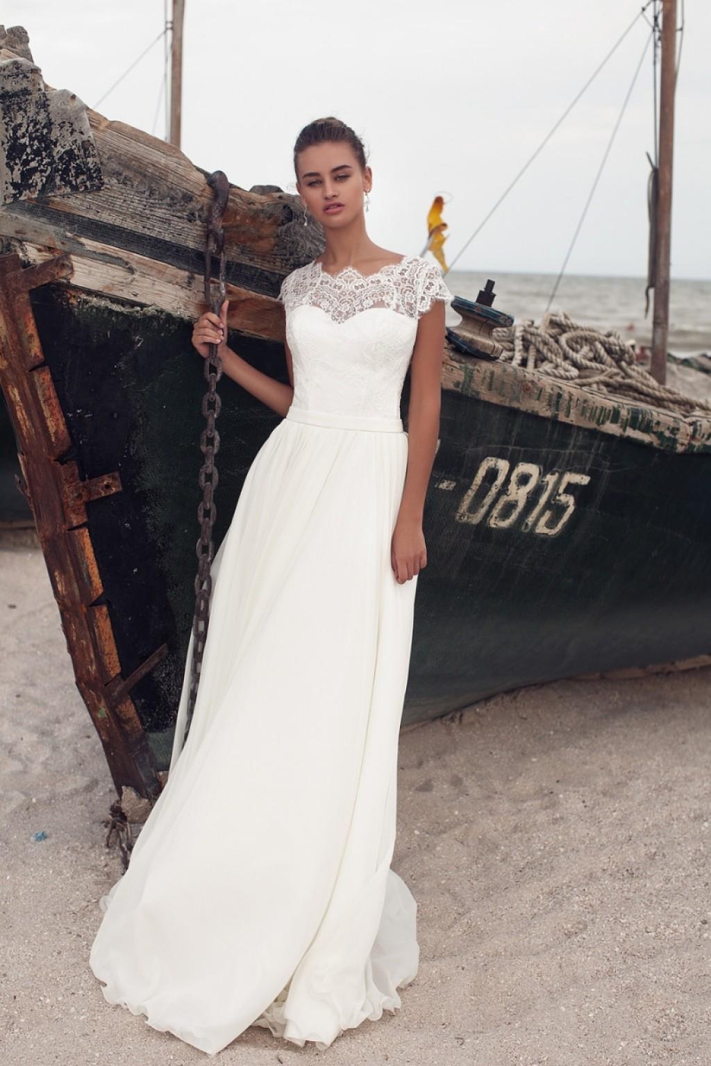 Свадебное платье прямой крой