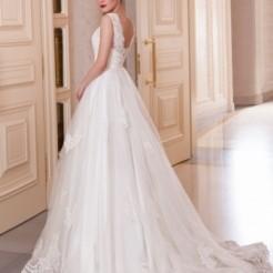 Четвертый пример свадебного платья от Мадам Вуаля