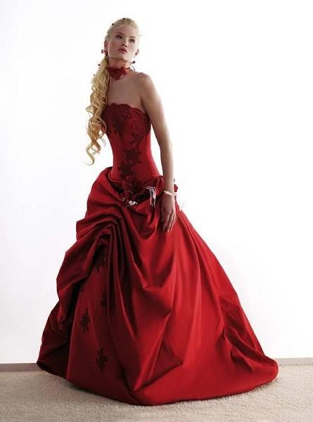 красное платье свадьба