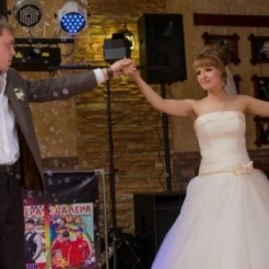 Первый пример свадебного танца от Best Couple