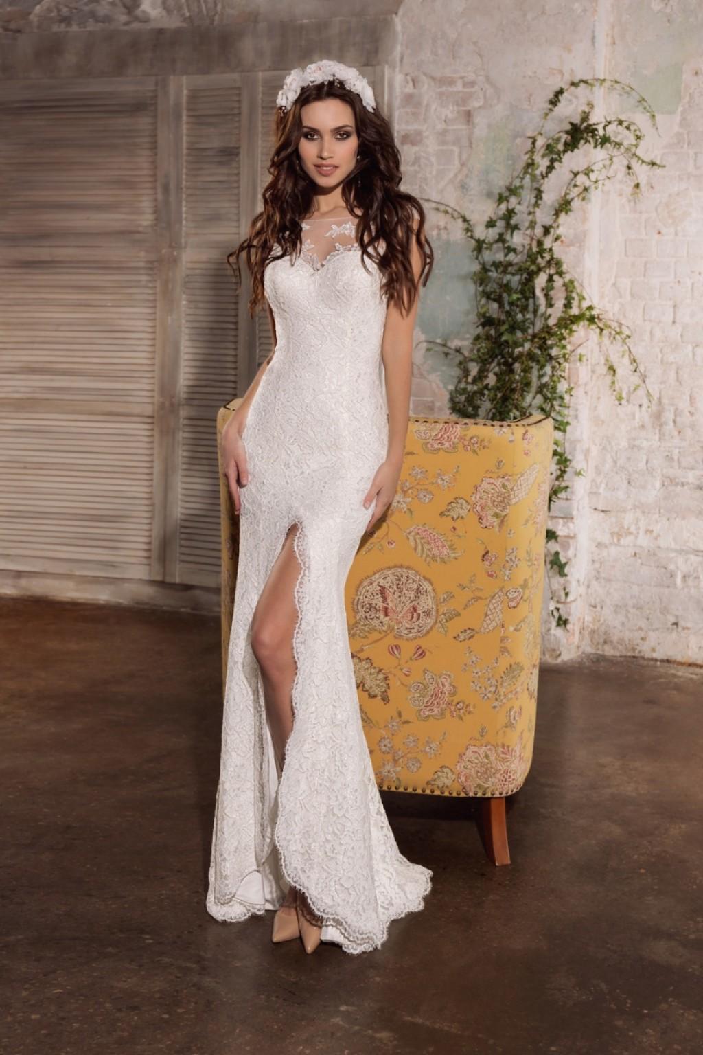 силуэтное свадебное                               платье