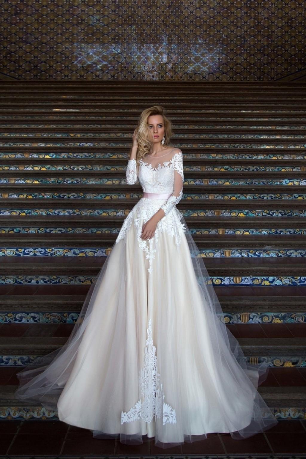 свадебное патье А силуэта