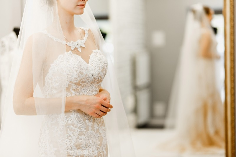Платье на невесте