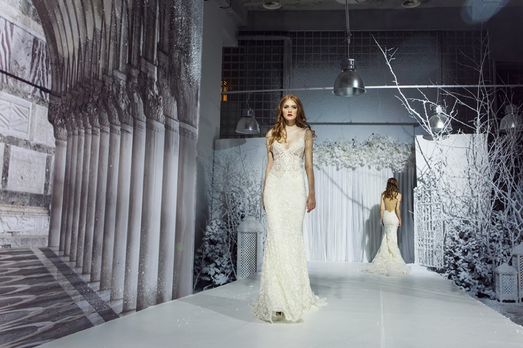 свадебное платье с бретелями фото