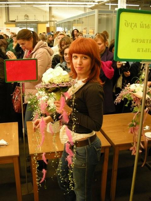 Ольга Закатаева на выставке