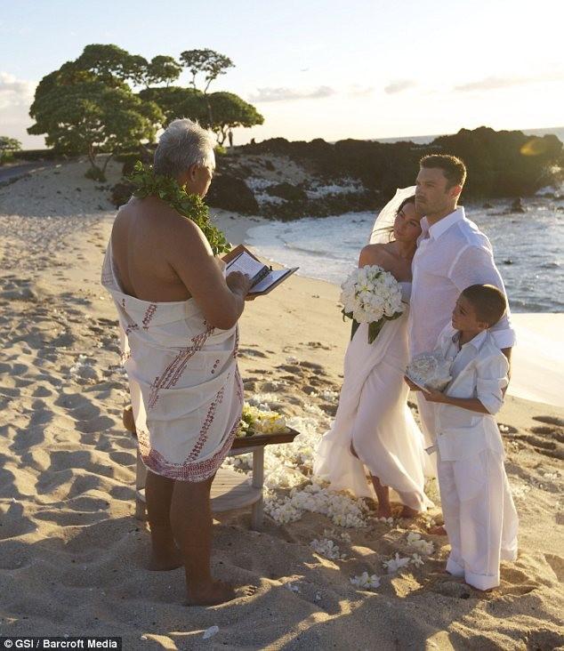 свадьба Меган Фокс на Гаваях