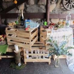 Декорирование столов и стен от Пуговицы