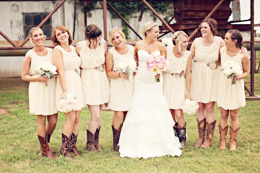 удобное одежда на свадьбу для гостей фото статус