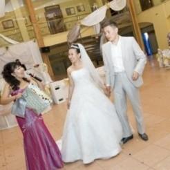 Первый пример свадебного платья в салоне BONJOUR
